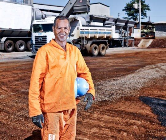 Porträt Industriearbeiter Corporate Image Porträtfotografie Industriefotografie Brasilien #porträtfotografie #industriefotografie #corporateimage Werbung Imagekampagne Industrie