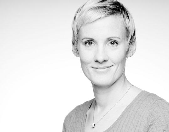 Porträtfotografie, schwarzweiss, Kathy Richter, Headshot