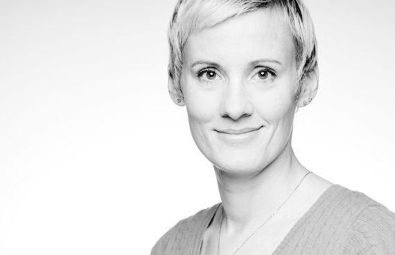 Kathy Richter, Mediengestalterin, Headshots, Porträtfotografie, Businessfotografie