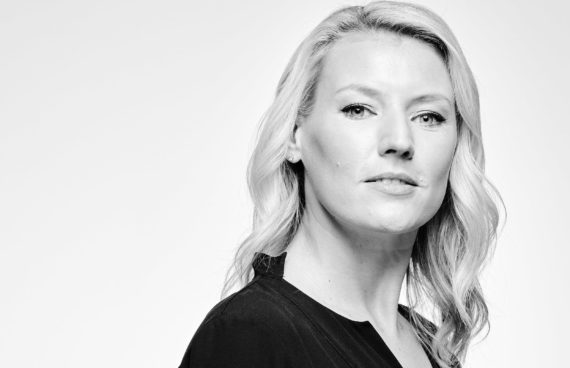Sandra Baumgartner, Sky Sports, Field Reporter, News Anchor, Headshots, Porträtfotografie, Businessfotografie